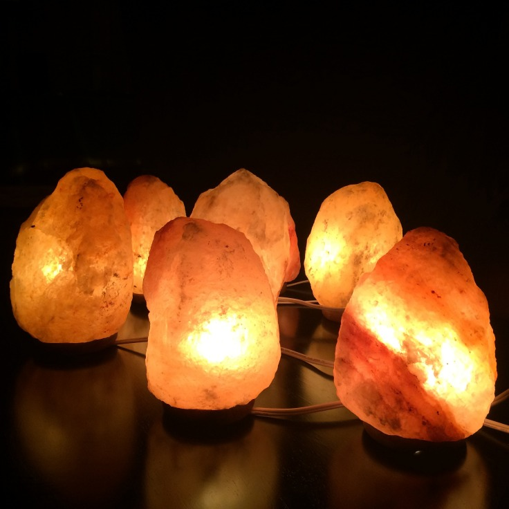 salt-lamps-himalayan-2317058_1920